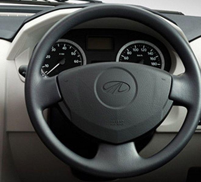 Automotive Mahindra Verito Interior-4