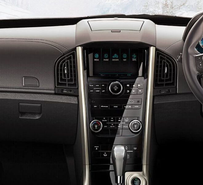 Automotive Mahindra XUV500 Interior-5
